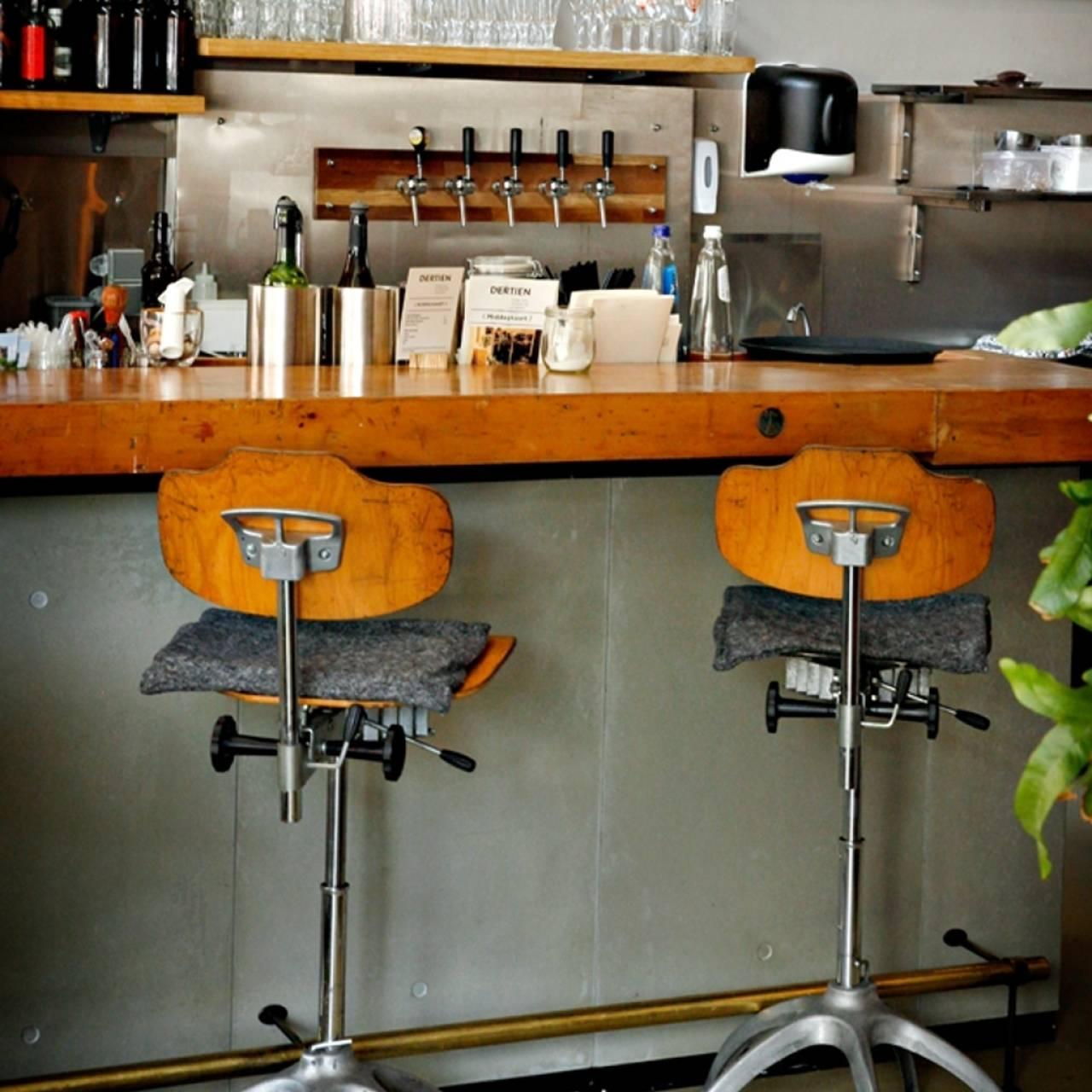 Afbeelding bar restaurant Dertien - QuePasaNL